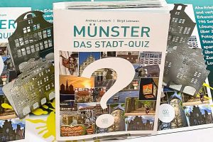 """""""Münster – Das Stadt-Quiz"""". Für Münsteraner, Münsterfans, Münsterexperten und solche, die es noch werden wollen. (Grafik: münstermitte Medienverlag)"""