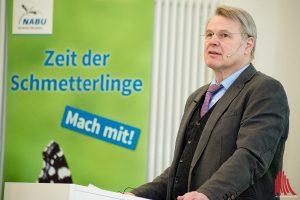 Dr. Heinrich Bottermann kam für die erkrankte NRW-Landwirtschaftsministerin Christina Schulze Föcking. (Foto: mb)