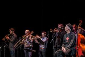 """Janis, the Pearl"": ein Teil des neunköpfigen Orchestre Franck Tortiller… (Foto: sg)"