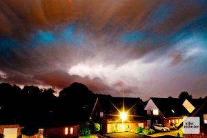 Unwetter werden an Häufigkeit zunehmen, da sind sich die Klimaexperten sicher. (Archivbild: Michael Bührke)