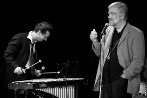 Auch der Musiker Knut Kiesewetter (re.) stellt seine Autobiografie vor. (Foto: Pressefoto)