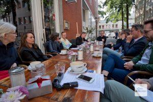 Während eines Pressetermins stellten die Organisatoren und Aussteller das Projekt vor. (Foto: Michael Bührke)