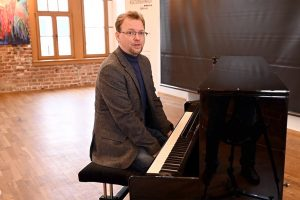 """Michael Mühlmann tritt als erster Künstler in der Reihe """"SoloSounds im Kulturbahnhof Hiltrup"""" auf. (Foto: Norbert Piontek)"""