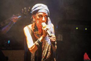 Little Annie auf der Bühne im Pumpenhaus. (Foto: bk)