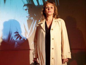 """Tünde Gajdos in """"Heute Abend: Lola Blau"""" im Kleinen Bühnenboden. (Foto: Konrad Haller)"""