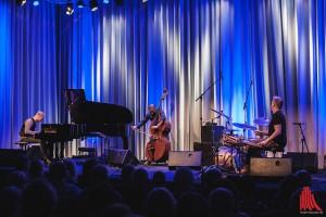 Das Tingvall Trio, Martin Tingvall, Omar Rodriguez Calvo und Jürgen Spiegel. (Foto: sg)
