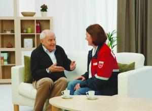Der Hausnotruf sorgt dafür, dass im Notfall schnell und zuverlässig Hilfe kommt. (Foto: Malteser)