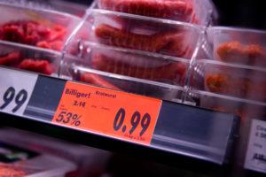 Billigfleisch: Die Beschäftigten in der Fleischbranche arbeiten unter prekären Bedingungen, kritisiert die NGG. (Foto: NGG)