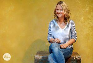 """Ab Sonntag präsentiert die Wahl-Münsteranerin Lisa Feller die neue Sendereihe """"Das Tier in Dir"""" im WDR-Fernsehen. (Foto: Lena Marie Brinkmann)"""