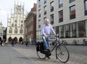 Auch Oberbürgermeister Markus Lewe ist überzeugter Leezenfahrer und freut sich über den Preis für seine Stadt. (Foto: Presseamt)