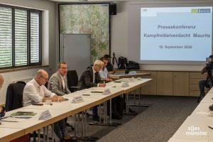 Der Krisenstab informierte zur anstehenden Evakuierung in Münster-Mauritz. (Foto: Thomas Hölscher)