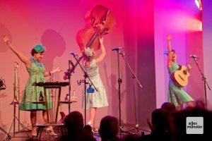 Der Auftritt der Zucchini-Sistaz begeisterte die Zuhörer vom ersten Takt an (Foto: Michael Bührke)