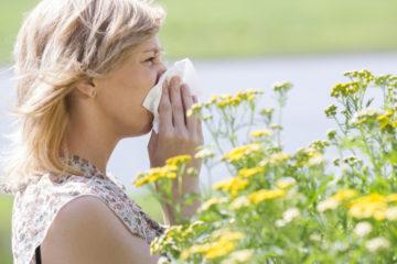 Harte Zeiten brechen für alle Pollenallergiker in Münster an: In diesem Jahr fliegen die Pollen deutlich früher. (Foto: AOK/hfr)