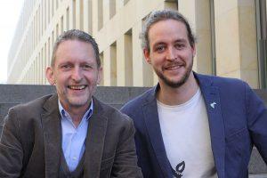 Michael Seppendorf (li.), Leiter der Abteilung Kinder, Jugendliche und Junge Erwachsene des Bistums Münster und Johannes Wilde, Vorsitzender des BDKJ Diözese Münster, stehen hinter dem neuen Online-Präventionstool.