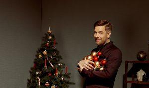 Tom Gaebel swingt in die Weihnacht. (Foto: Christoph Kassette)