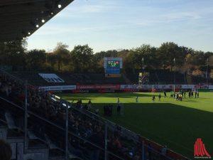 Ein sonniger Nachmittag im Preußenstadion. (Foto: Matthias Nientiedt)