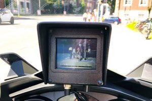 Bei der Kontrollaktion wurde auch ein Motorrad mit spezieller Videotechnik eingesetzt. (Foto: Polizei Münster)