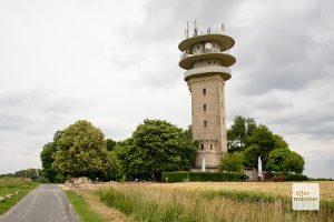 Der höchste Punkt des Münsterlandes, der Longinusturm. Auch wenn Ibbenbüren das eventuell anders sieht. (Foto: Michael Bührke)