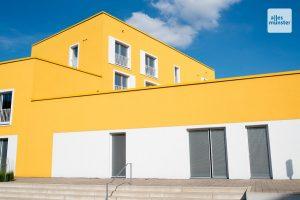 Die auffälligen Gebäude der Studierendenwohnheime an der Boeselagerstraße ist die derzeit größte Passivhaussiedlung Europas. (Foto: Bührke)