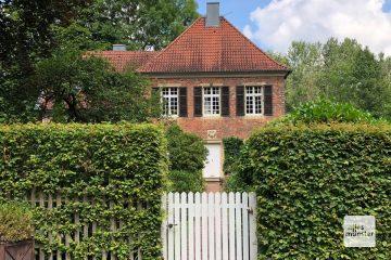 Das alte Forsthaus aus dem Jahr 1712 (Foto: Bührke)