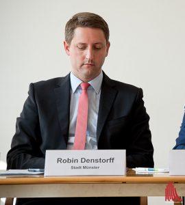 StadtbauratRobin Denstorff kann Schadenersatzansprüche von Investor Stroetmann nicht ausschließen. (Archivbild: Michael Bührke)