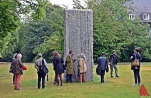 """Das """"Momentary Monument"""" von Lara Favoretto ist so etwas wie eine Spardose. (Foto: so)"""