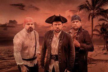 """Piraten kommen ins Museum. Christoph Tiemann und das Theater ex libris präsentieren """"Die Schatzinsel"""". (Foto: Hanno Endres)"""