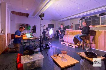 """Für die Veranstaltung """"Schickern im Beis"""" wurde die Brauerei Läuterwerk zum Fernsehstudio (Foto: Andrea Hansen)"""