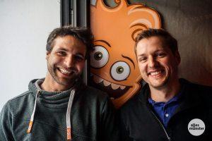 Florian Stisser (links) unterstützt Mirko Gooßen tatkräftig und mit sieben Jahren Schlecks-Erfahrung. (Foto: Lena Marie Brinkmann)