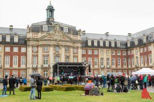 Das Schloss Rockt - Immer wieder eine eindrucksvolle Kulisse. (Foto: cf)