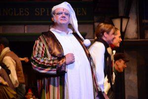 Ebenezer Scrooge, auch damals schon gespielt von Carsten Jaehner. (Foto: FME)