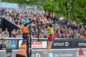 Bei den Herren siegten die Niederländer Alexander Brouwer und Robert Meeuwsen (li.) im Finale gegen Philipp Arne Bergmann und Yannick Harms. (Foto: cf)