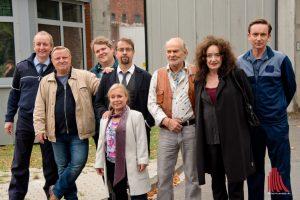 """An der JVA an der Gartenstraße tauchten fast alle Darsteller der Folge """"Spieglein, Spieglein"""" irgendwann mal auf, so dass wir sie bei den Dreharbeiten zusammen vor die Linse bekamen. (Archivbild: Michael Bührke)"""