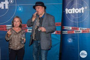Lakritz für die Schauspieler im Münster-Tatort: Christine Urspruch und Axel Prahl im Cineplex. (Foto: Stephan Günther)