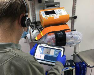 Moderne Übertragungsgeräte ermöglichen eine notfallmedizinische Ersteinschätzung auf Distanz. (Foto: Stadt Münster.)