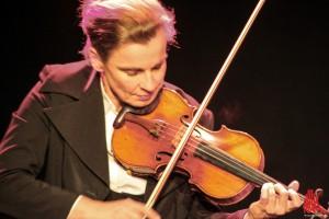 Tina Teubner begeistert - nicht nur an der Geige. (Foto: bk)