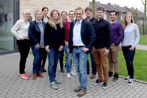 Das Team der Spezialambulanz für Essgestörte am UKM um Prof. Georg Romer (vorn). (Foto: UKM)