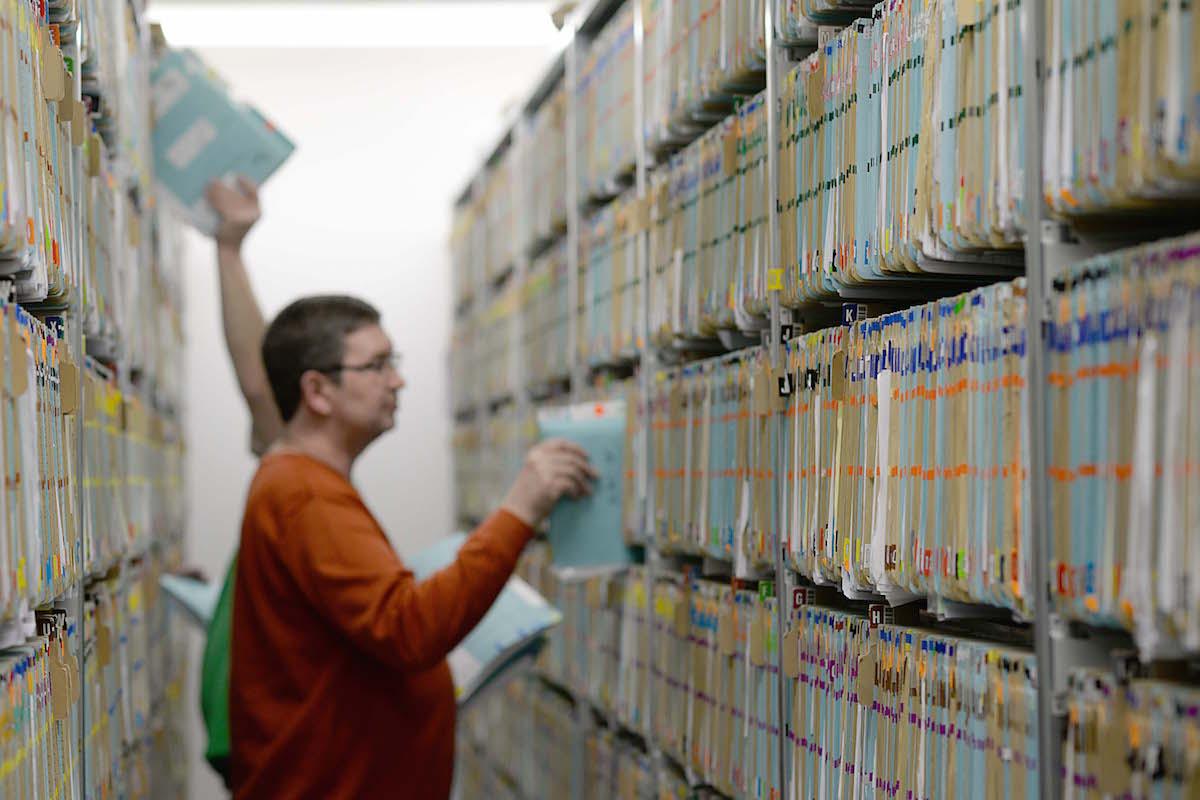 Die Archivfläche von 1385 Quadratmetern des UKM kann dank der jetzt eingeführten Digitalisierung der Patientenakte zukünftig verkleinert werden. (Foto: UKM)