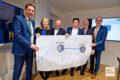 Robin Denstorff, Andrea Benstein, Markus Lewe, Dr. Carsten Wildemann, Leiter der Hauptabteilung Gebäudewirtschaft des WDR, Dr. Christian Jaeger, Geschäftsführer Wohn- und Stadtbau und Dr. Thomas Robbers von der Wirtschaftsförderung präsentieren die Pläne für den neuen Standort des WDR.