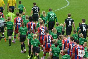 Bis zum FC Bayern München sprach sich das Unwetter herum. Kurzerhand brachte man zum Pokalspiel beim SC Preußen Münster eine Spende in fünfstelliger Höhe mit. (Foto: Marc Geschonke)