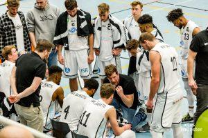 Die WWU Baskets mit Trainer Philipp Kappenstein. (Archivbild: Claudia Feldmann)