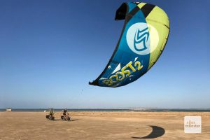 Kitebiking – Eine gute Idee um beim Radeln Kräfte zu sparen (Foto: privat)