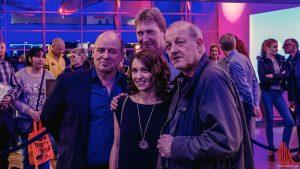 (v.l.) Vittorio Alfieri, Regisseur Thomas Kronthaler, Janina Fautz und Leonard Lansink im Cineplex-Foyer. (Foto: tm)