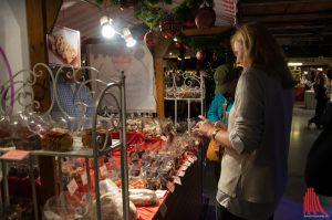12.200 vor-weihnachtlich gestimmte Besucher ließen sich auf der Zimt&Sterne von rund 200 Ausstellern inspirieren. (Foto: bs)