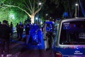 Einzelne Aggressoren wurden von der Polizei festgesetzt. (Foto: Thomas Hölscher)
