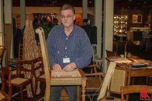 antiquitätenmesse_na-3Flechtkontor K.H. Vos gibt Einblicke in seine Arbeit. (Foto: na)
