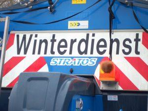 Obwohl der AWM Winterdienst früh in der Stadt unterwegs war, kam es in Münster wegen Glatteis zu zahlreichen Unfällen. (Symbolbild: AWM)