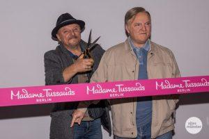 Schauspieler Axel Prahl mit seinem Wachs-Double. (Foto: Thomas Hölscher)