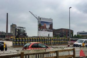 Auch nachdem derBebauungsplan für das Hafencenter für unzulässig erklärt wurde, wird weiter gebaut. (Foto: Thomas Hölscher)