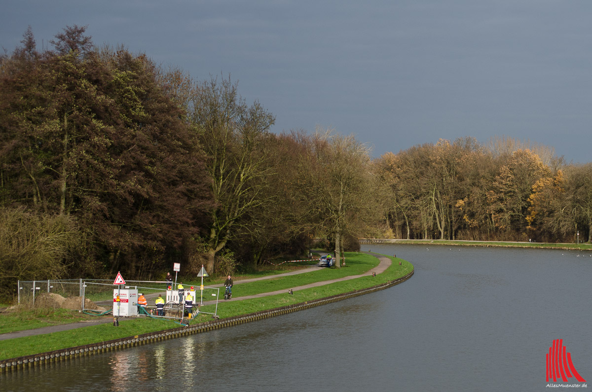 An der Kanalpromenade liegt der Blindgänger im Erdreich. (Foto: th)